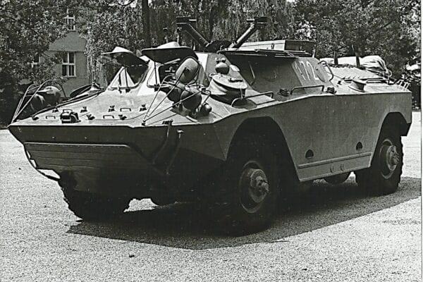 Dělostřelecká pohyblivá pozorovatelna na OT-65M
